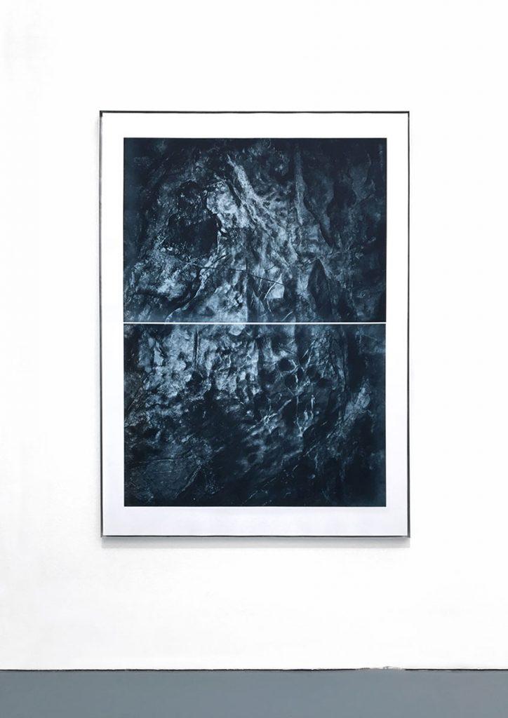 Floating wall / Reef II (unterseeische Felsformation in unterirdischer Waldregion) photogravure on handmade paper, 165 x 118 cm, 2019